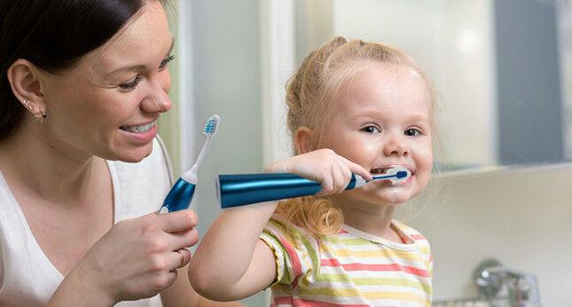 Fogmosás elektromos fogkefével - a jó fogkefefej fontossága - jopatikus